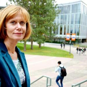 Economics faculty member Laura Lamb
