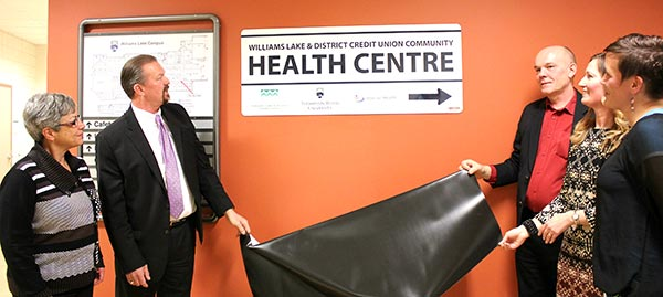 Health-Centre-Sign-Unveiling-web