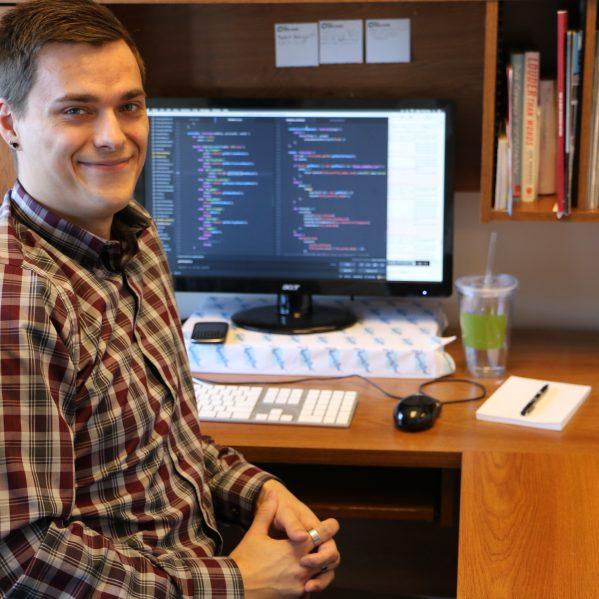 Tru Online Courses >> Computing science co-op student drives golf app – TRU Newsroom