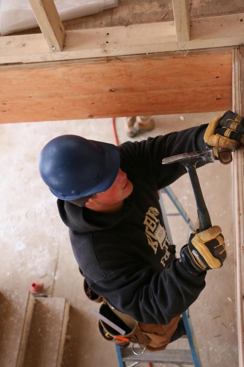mark-hebert-trades-training-house-dec-14-2016_043