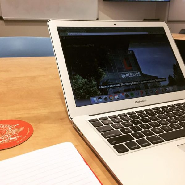 Entrepreneur laptop Generator