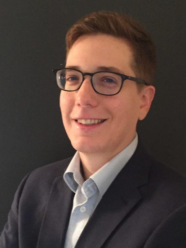 Samuel Singer faculty headshot